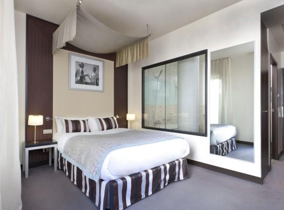 Chambre hôtel en journée luxe champagne Paris