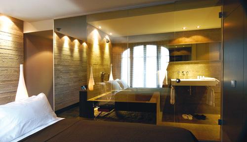 Chambre hôtel journée luxe