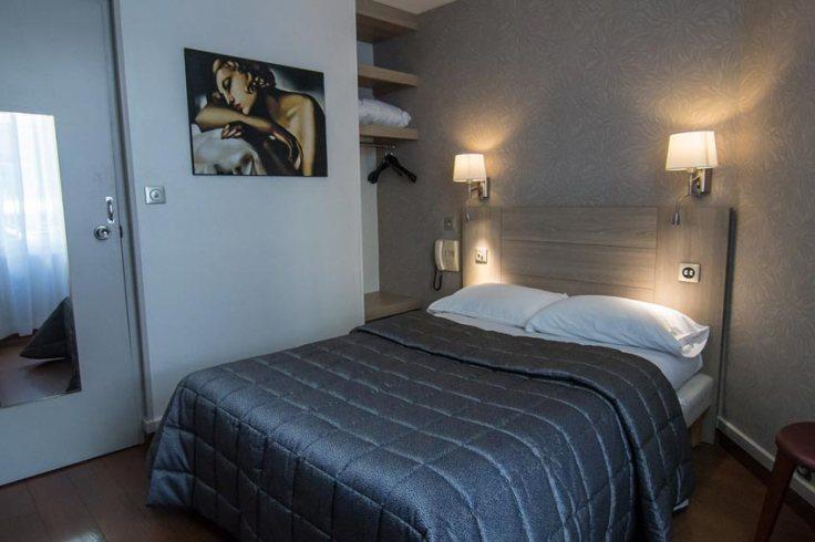 Une chambre d'hôtel en journée dans le 20e - Palma