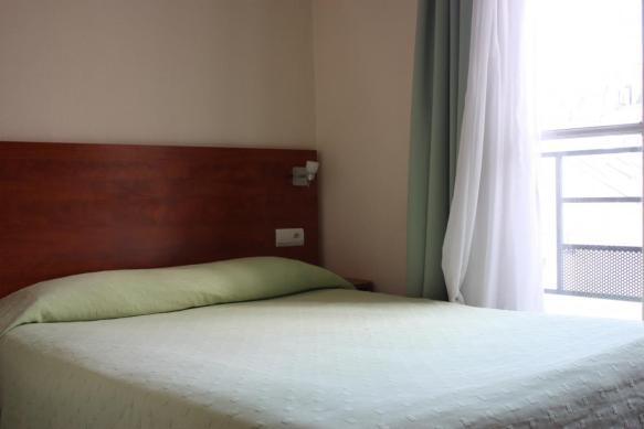 Chambre d'hôtel en journée dayroom à l'Hôtel Daval