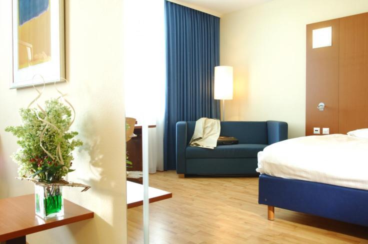 Chambre d'hôtel en journée Genève