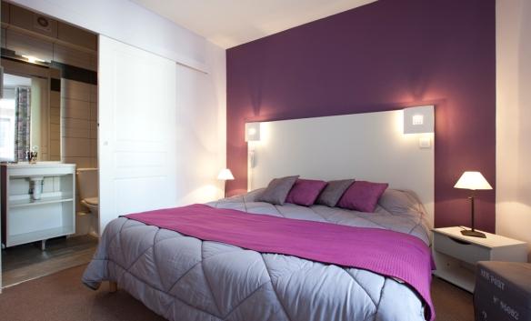 Chambre hôtel en journée Rouen