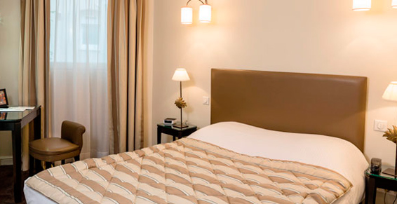 Votre chambre hôtel en journée à Strasbourg